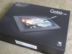 cintiq13HDの箱