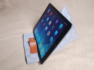 iPadケーススタンド利用